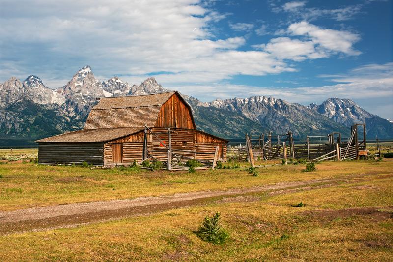 John Moulton\'s Barn
